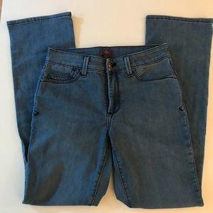 NWOT NYDJ Mini Bootcut Jeans
